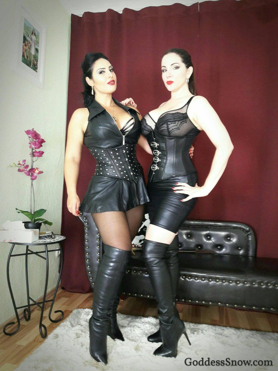 071016 goddess ezada sinn and goddess alexandra snow