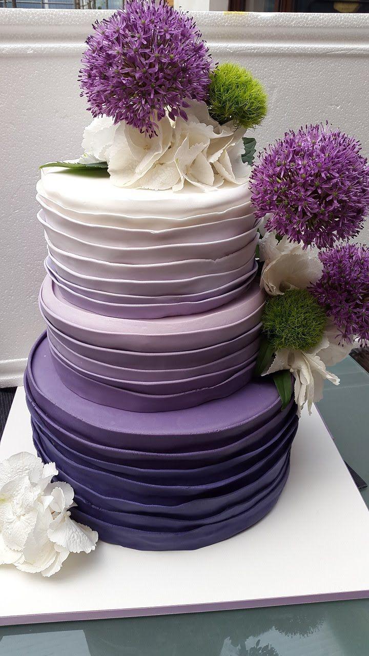 3 Stockige Farbverlauftorte Ombretorte Lila Echte Blumen Teil 2 Torten Dekorieren Blumen Torten Dekorieren Torten Verzieren