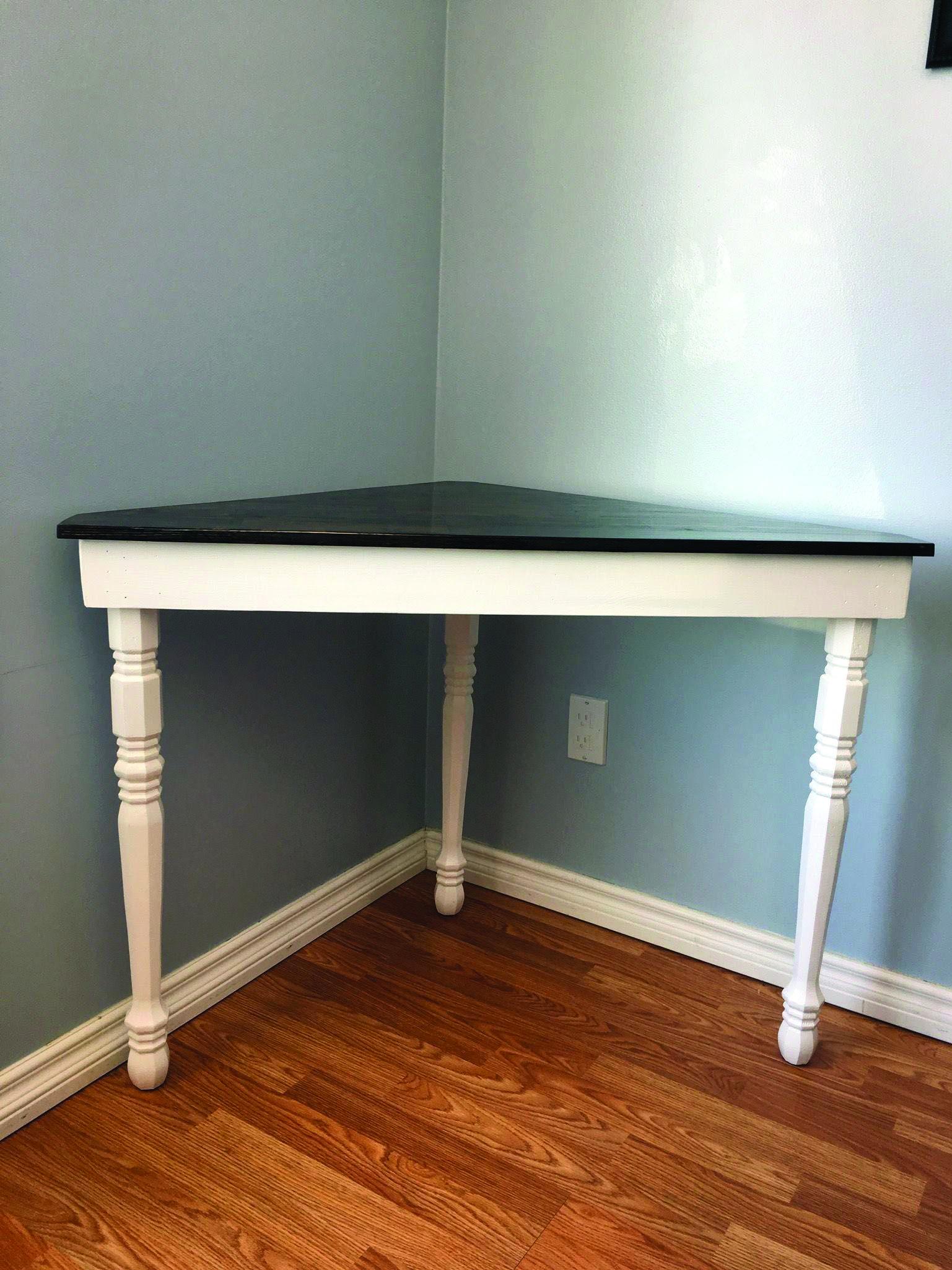 17 Diy Corner Desk Ideas To Build For Your Office Diy Computer