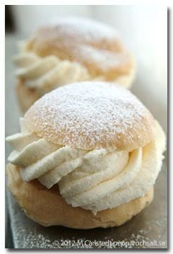 Website with recipes for all sorts of semlor (fettisdagsbullar) -- common and less common