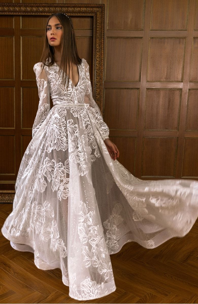 Bohemian gown alternate color white boda pinterest gowns