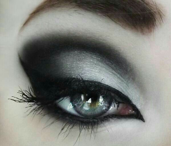 Gothic Eye Makeup Make Up Pinterest Gothic Eye Makeup Gothic