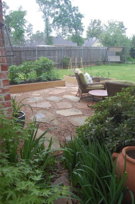 Flagstone And Pea Gravel Patio Addition Patios Deck Designs Decorating Ideas