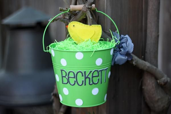 Diy easter table ideas diy land easter diy projects personalized pail easter basket idea for boys negle Gallery