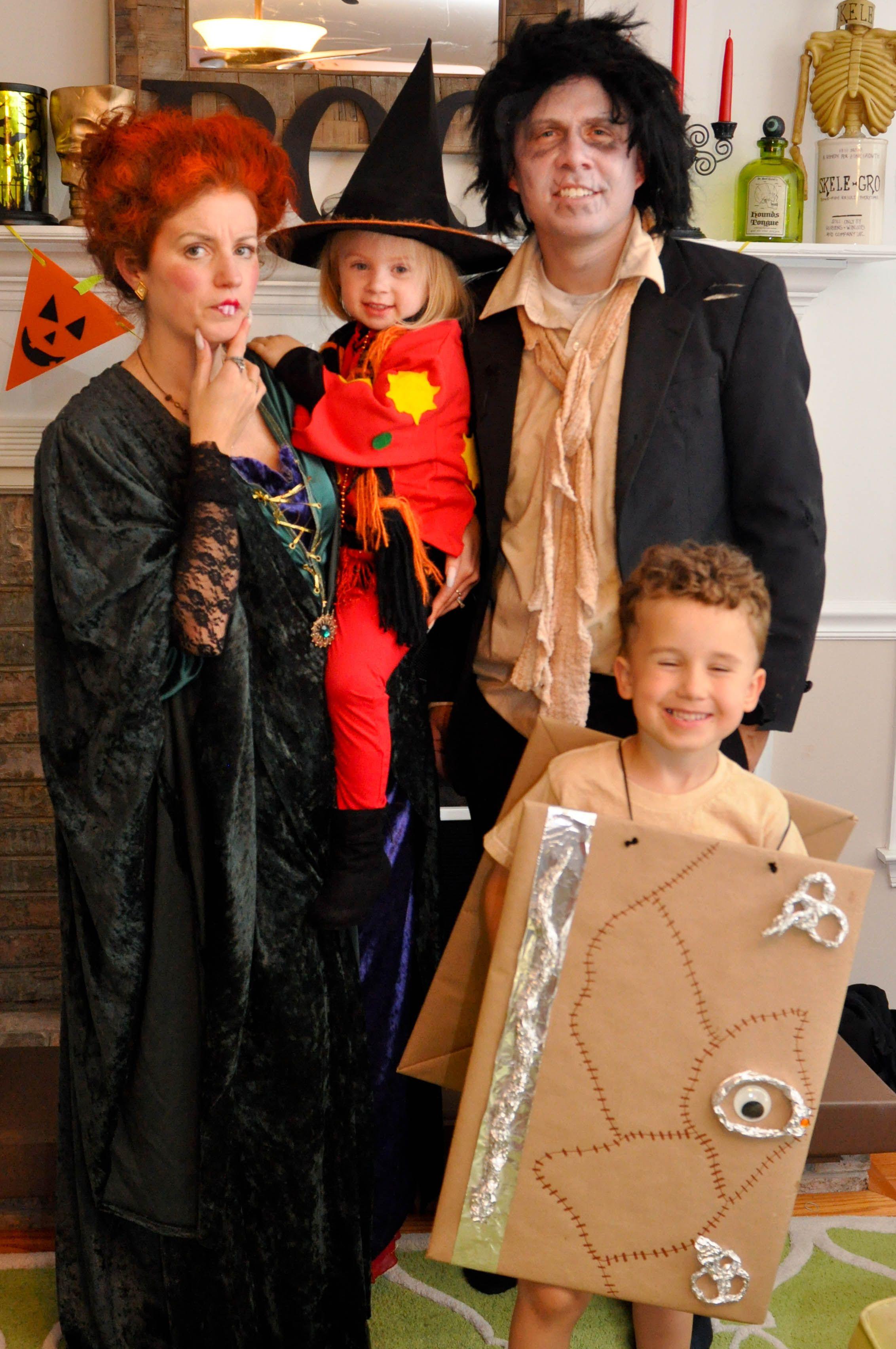 Hocus Pocus Halloween Costume Idea Winifred Sanderson Dani Billy Spell Book Costum Hocus Pocus Halloween Costumes Family Halloween Costumes Halloween Party