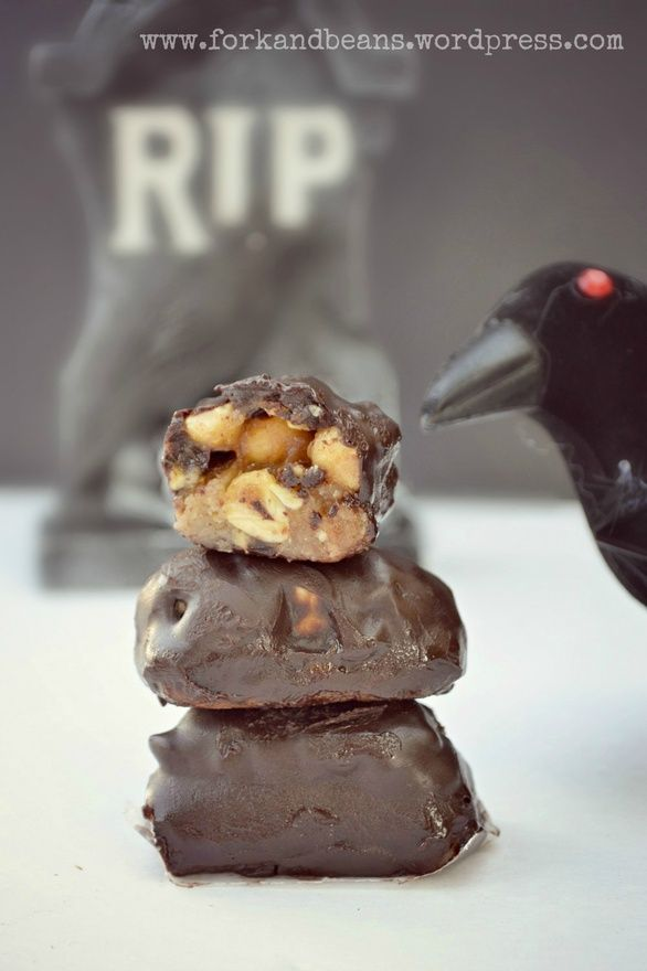 Raw Snickers Bar Recipe Fall Halloween Thanksgiving
