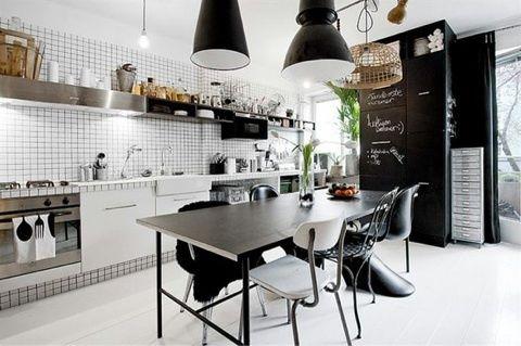 インダストリアルなキッチンの画像   西宮ポーセラーツ・アクセサリー教室 Salon de Jardin ~…