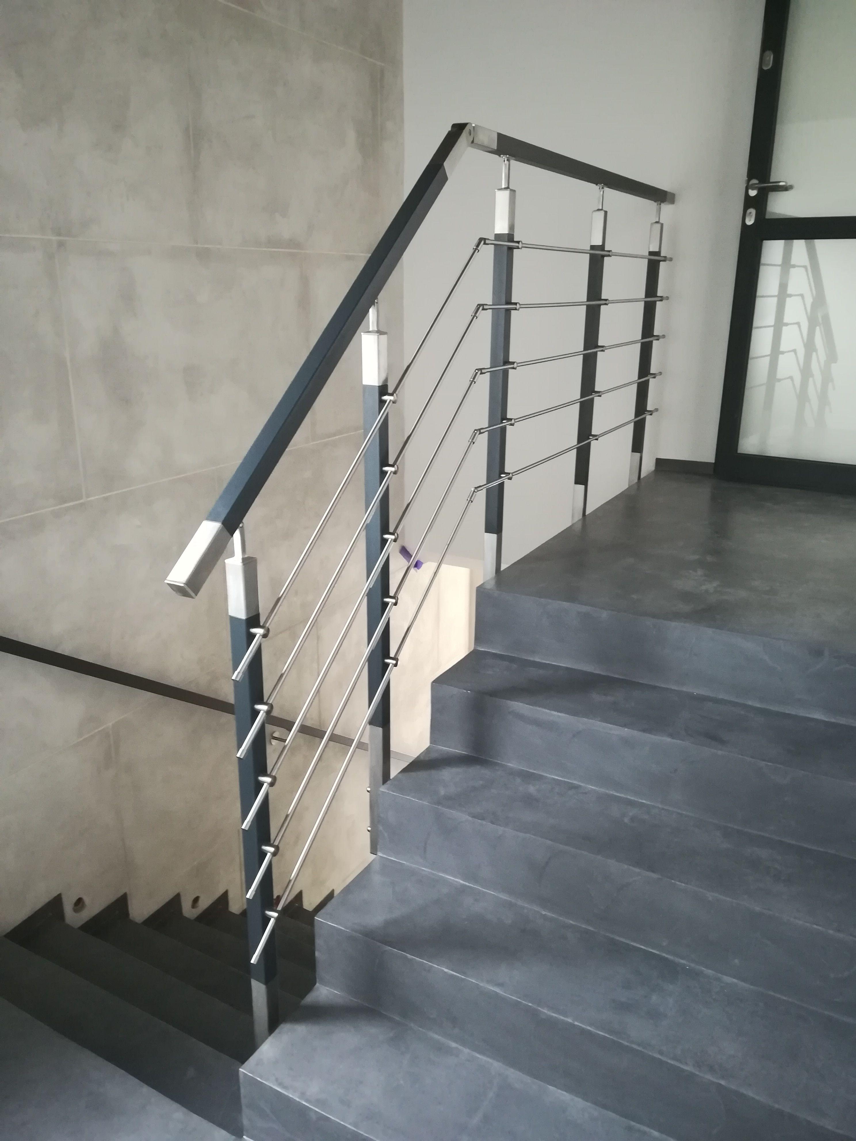 Balustrada Wewnetrzna Barierka Balustrade Handrail Stairs Door Modern Building Stainless Steel Stairs Modern Buildings Handrail