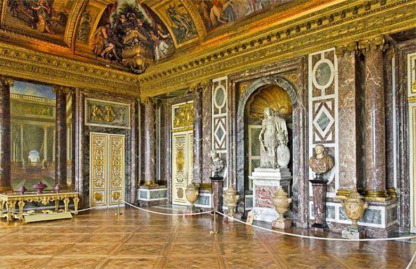 Salon de Vénus, Versailles (LOUIS XIV : portes à grands cadres par Caffieri  - 1681)   Versailles, Louis xiv, Photo été