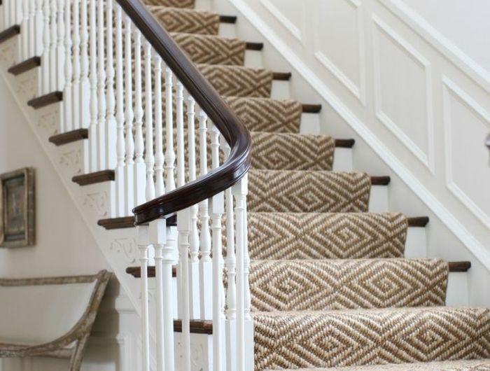Le tapis pour escalier en 52 photos inspirantes! - escalier interieur de villa