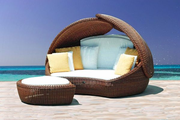 Getting The Right Poolside Furniture For Your Home