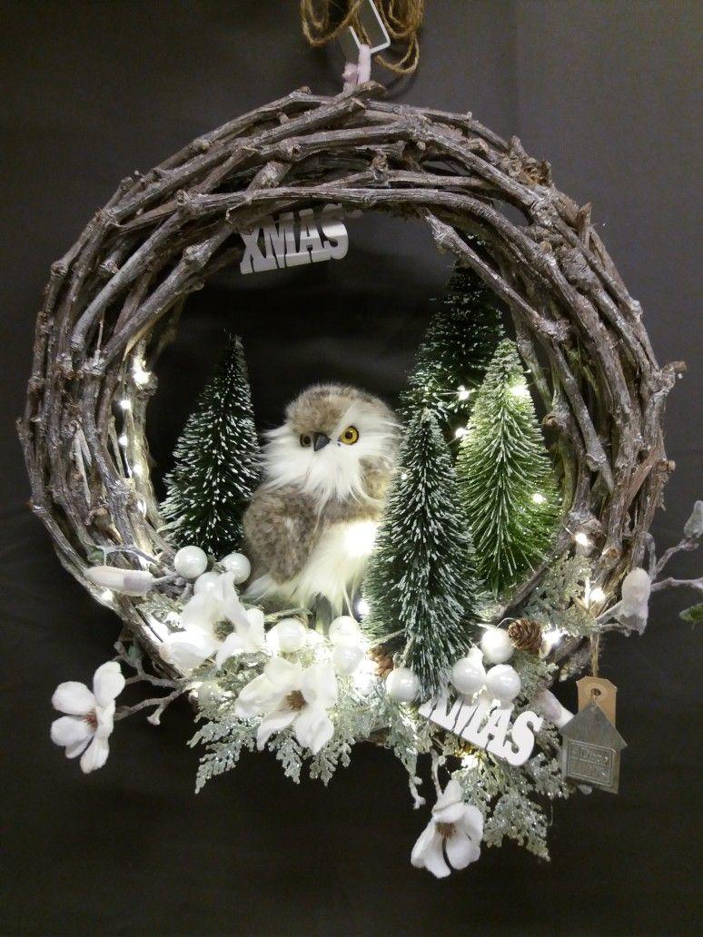 Kerstkrans Aan Je Voordeur De Deco Loods Groothandel Landgraaf Kerstmis Decoratie Knutselen Kerstkrans Zelfgemaakte Kerstdecoratie
