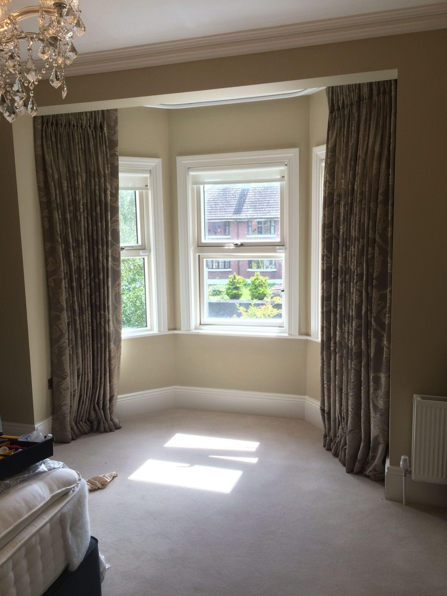 Bedroom bay window curtain Bay window curtains, Bay