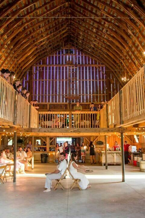 My venue at milestone barn | Michigan wedding venues, Barn ...