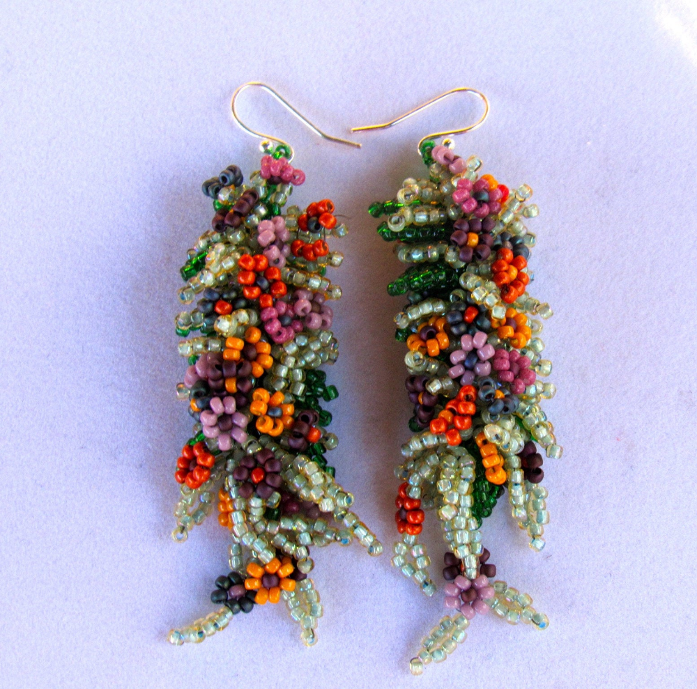 Spring Flower Earrings In 2020 Beaded Earrings Beautiful Beaded