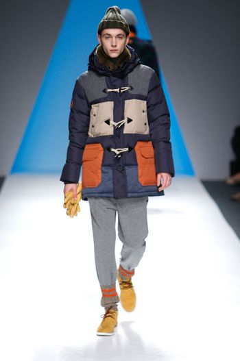 GENEREAL IDEA Down Jacket