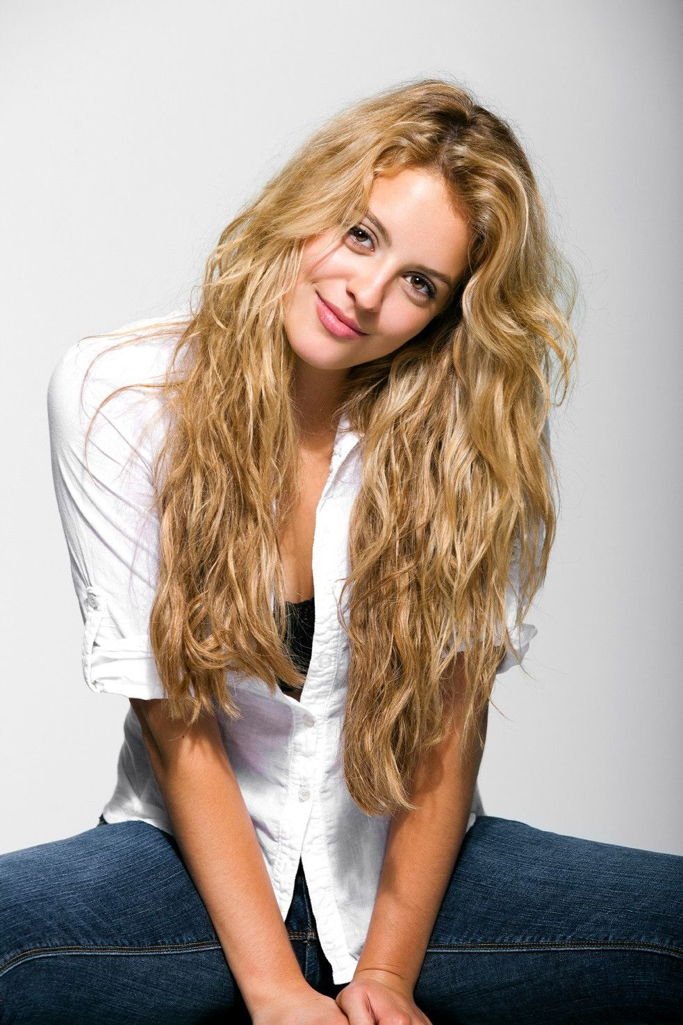 gage golightly has the most beautiful thick hair | hair/makeup
