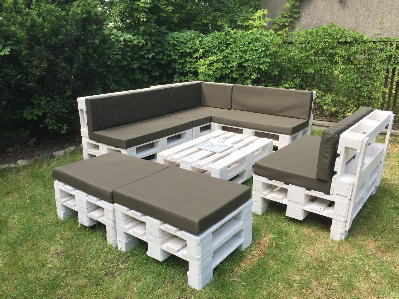 Naroznik Z Palet Meble Sofa Kanapa Zamownienie Pallet Furniture Outdoor Pallet Furniture Designs Outdoor Furniture Plans