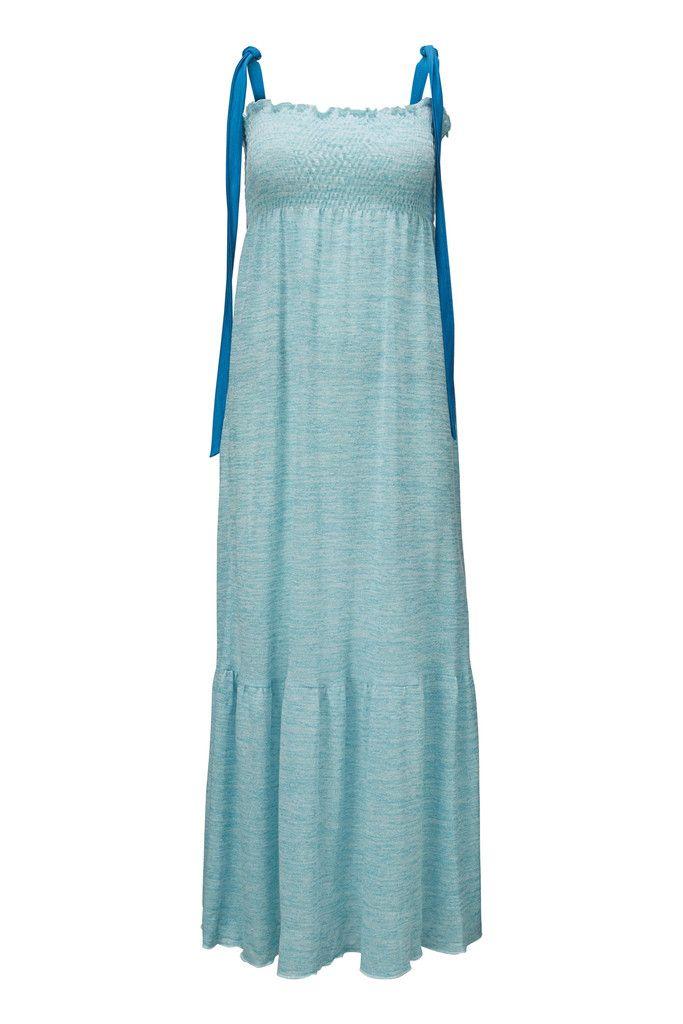 Åh Astrid kjole! Smuk som det azur blå hav og perfekt til både en sommerdag eller bryllupsfest.
