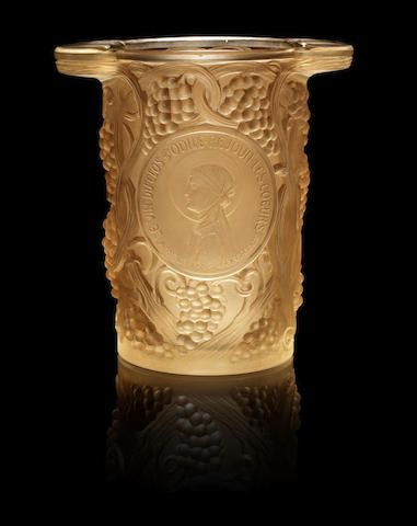 René Lalique (French, 1860-1945) 'Clos Sainte-Odile' an Ice Bucket, design 1922