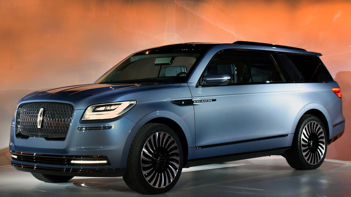 Photo 2018 Lincoln Navigator Concept Debuts At New York Auto Show 5
