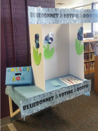 Love this Texas Bluebonnet Award voting booth set up at