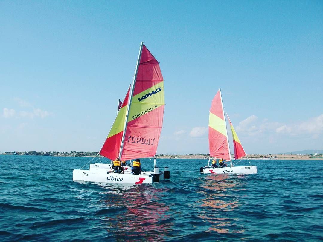 Katamaran segeln sport  Kids have fun with our TOPCAT-CHICO #topcatsailing #catamaran ...