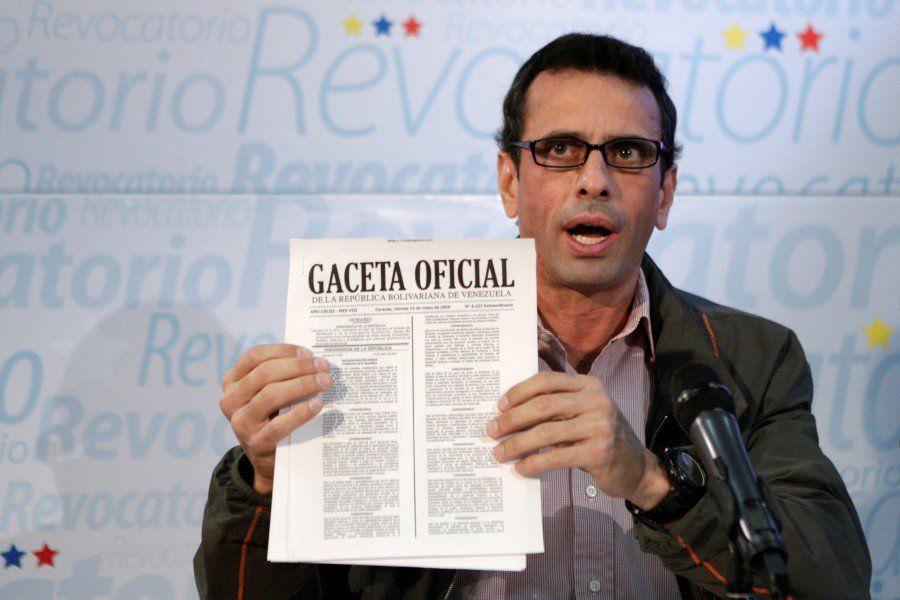 Henrique Capriles asegura que sólo confía en el Papa y en la Iglesia, pero no en Maduro - http://bit.ly/2dVzbNh