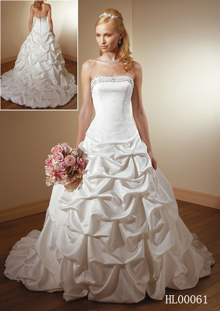 HL00061 Strapless wedding gown. Bodice Band enhanced with a ...