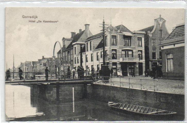 """Gorredijk - Hotel """"De Koornbeurs"""" - poststempel 1909 - Uitg. fa. R. Kiemstra"""
