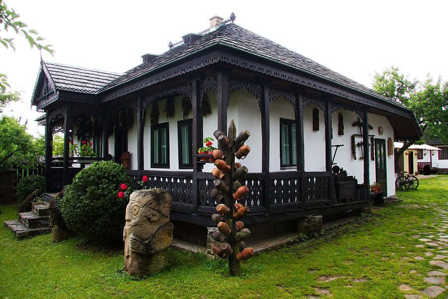 Case taranesti din ardeal c utare google case traditionale pinterest romania - Houses bucovina traditional architecture ...