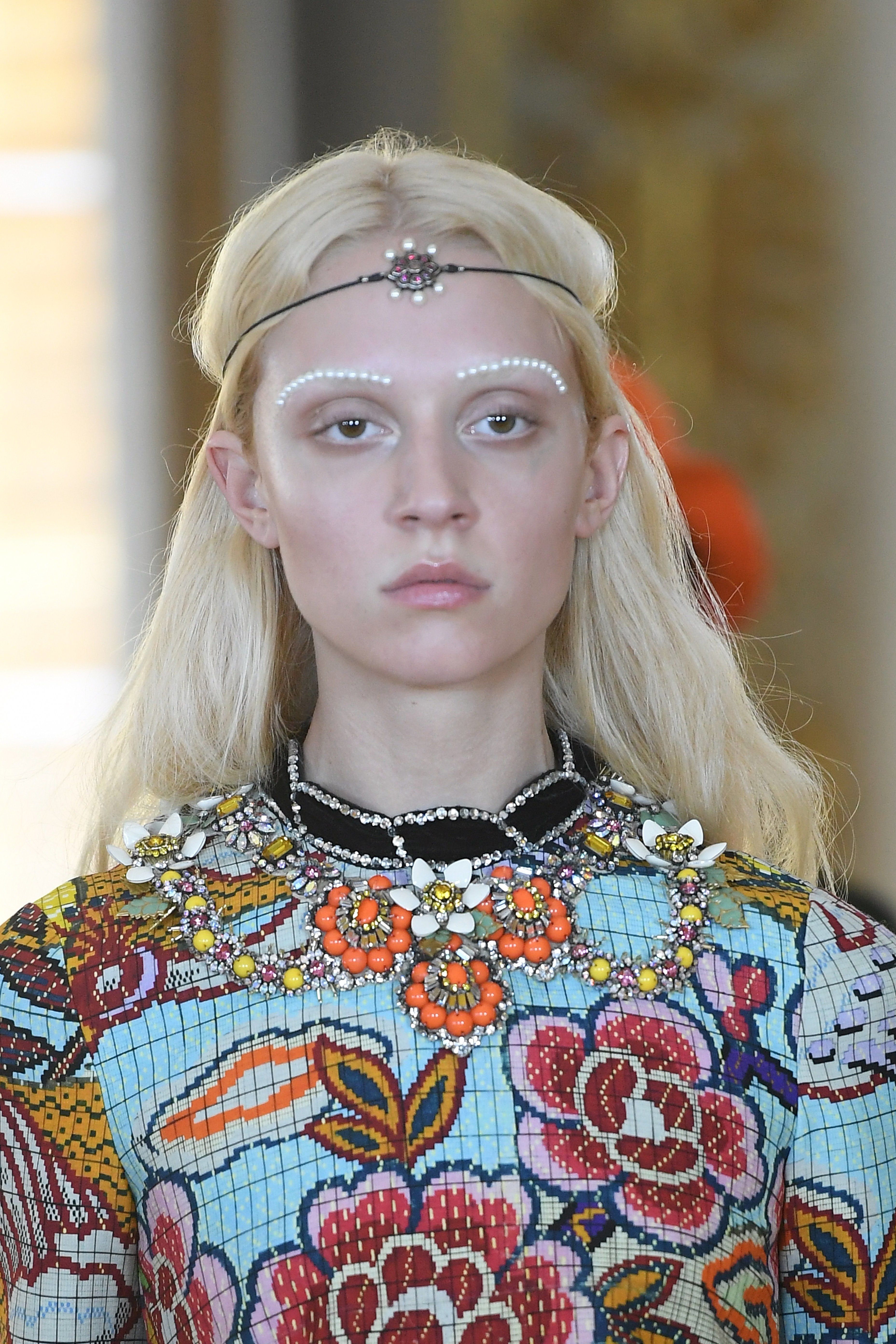 f8cf394acc25 From a Controversial Dapper Dan Reference to Pearl Eyebrows, See Every  Detail from Gucci's Resort 2018 Show Photos | W Magazine