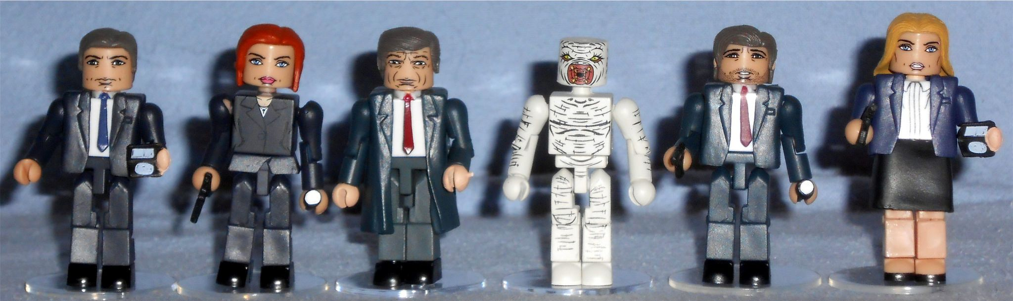 Classic X-Files Minimates Series 1 Cigarette Smoking Man