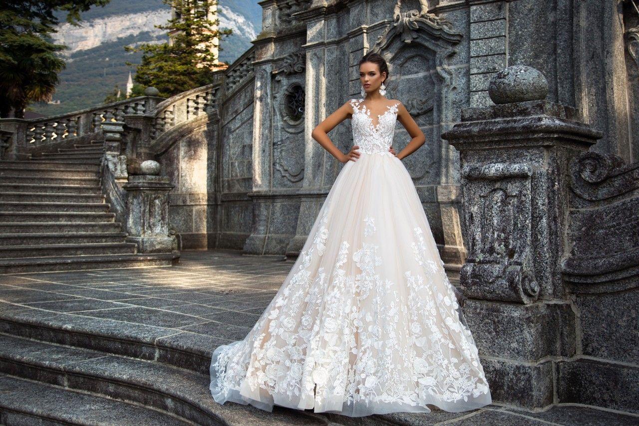 картинки эксклюзивные свадебные платья суров нелюдим