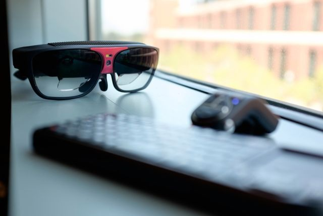 Consumer Smart Glasses Are Set to Arrive Next Year! http://recode.net/2015/06/09/consumer-smartglasses-are-set-to-arrive-next-year/