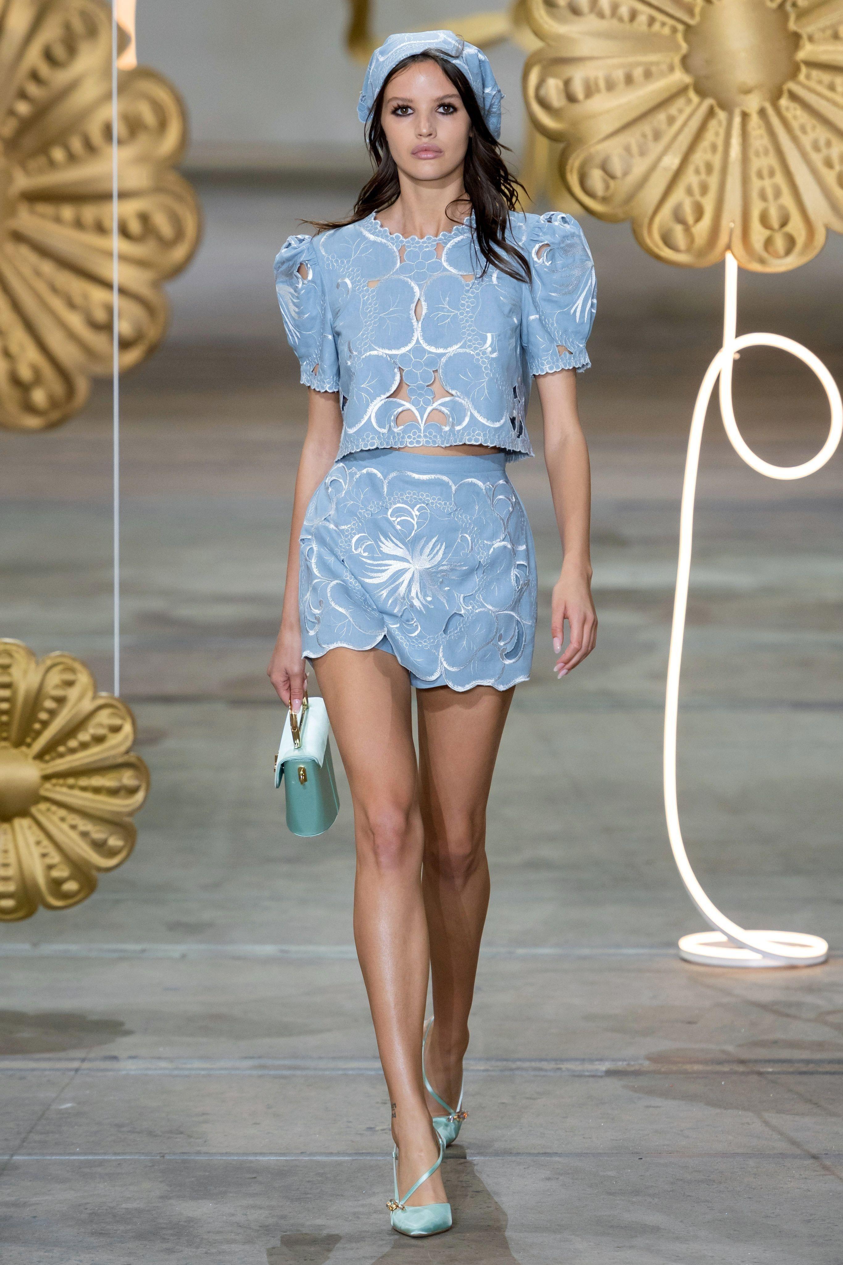 Korean Fashion Trends 2020.Alice Mccall Australia Resort 2020 Fashion Show Australia