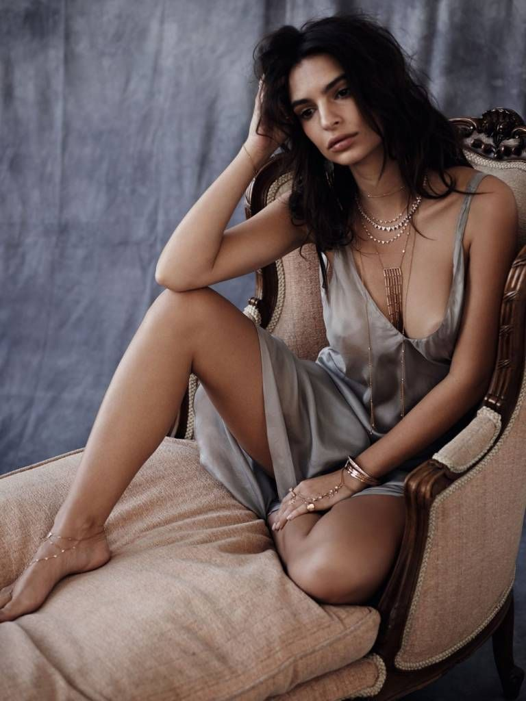 Sexy Pics of Emily Ratajkowski. 2018-2019 celebrityes photos leaks! nudes (51 pics)