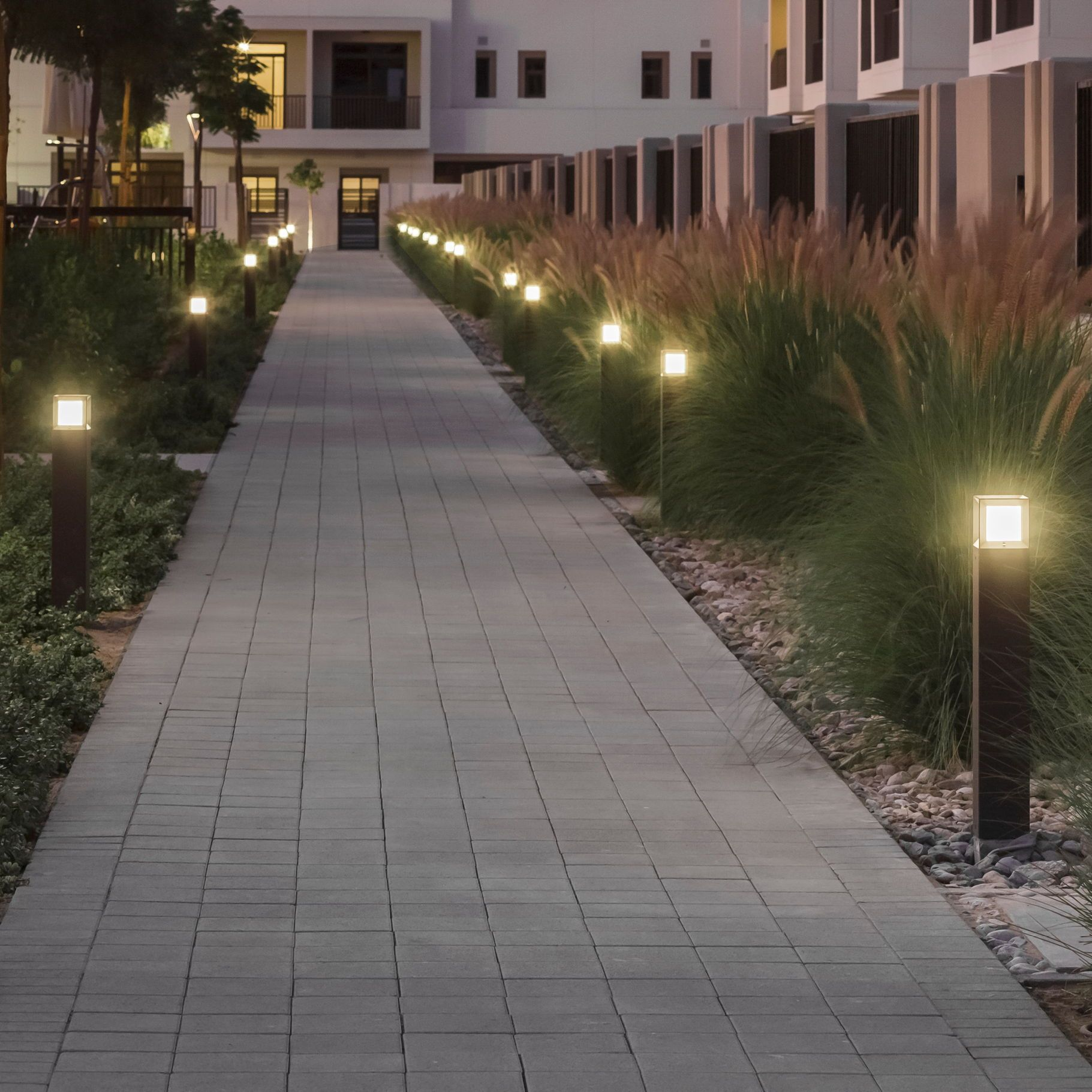 Led Garden And Pathway Luminaires For The Private Sector Salones De Fiestas Inspiracion Diaria Calle