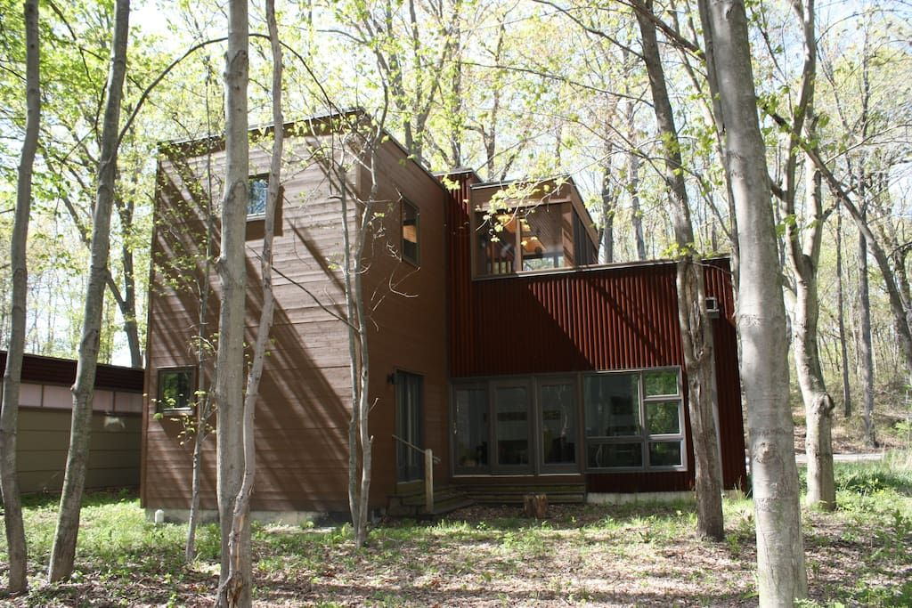 Check Out This Awesome Listing On Airbnb Modern Country Escape Houses For Rent In Michigan City Tryon Farms Renting A House Modern Country Michigan City