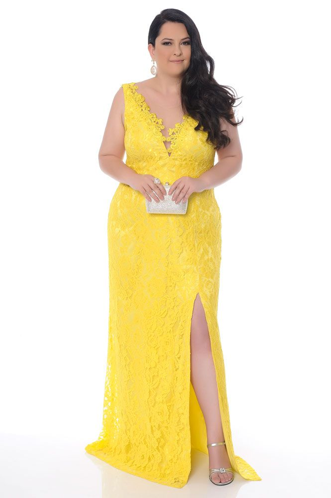 10 vestidos de festa plus size perfeitos para madrinhas ou formandas ... 9080dcd55c46
