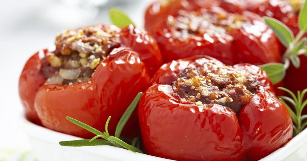 How To Cook Stuffed Peppers With A Microwave Stuffed Peppers Peppers Recipes Bell Pepper Recipes