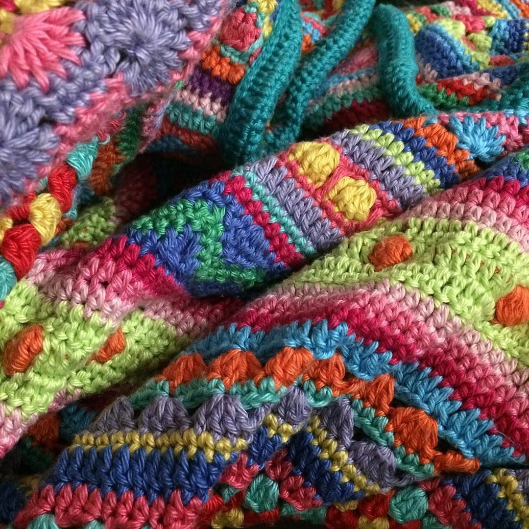 Day 29 #ldjcrochethookup - best make ever!  Hands down my mixed stitch stripey blanket. Love love love it   #blanket #handmade #bluecatcrochet #moderncrochet #crochetblanket #crochet #cnfridaywin by bluecatcrochet