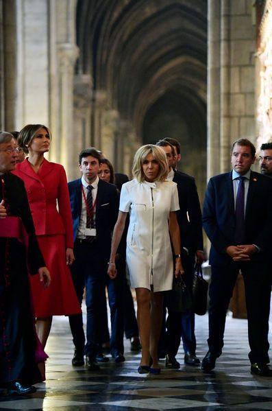 9c9db7705a8 Entre une cérémonie d accueil aux Invalides et une croisière sur la Seine