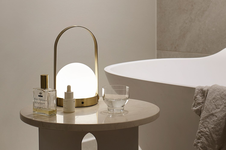 Menu Portable Tafellamp Carrie Led Lamp Door Norm Architects Tafellamp Design Led