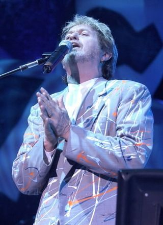 but seriously....who can ever replace Jon Anderson of Yes?