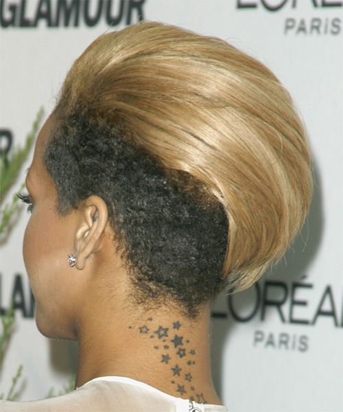 View And Try On This Rihanna Short Straight Alternative Undercut Hairstyle Medium Blonde Golden