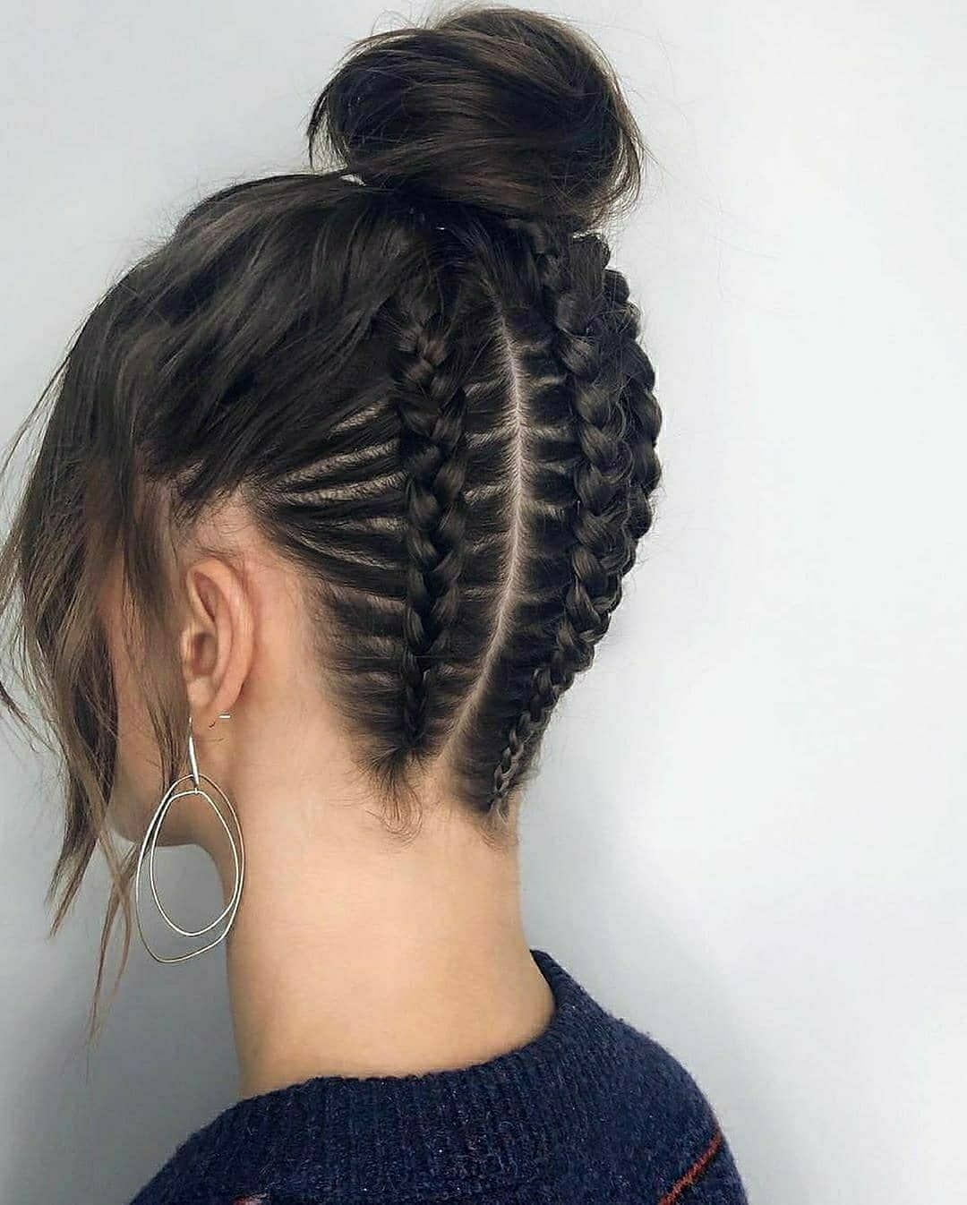 Image May Contain One Or More People And Closeup In 2020 Hair Styles Hair Tutorial Long Hair Styles