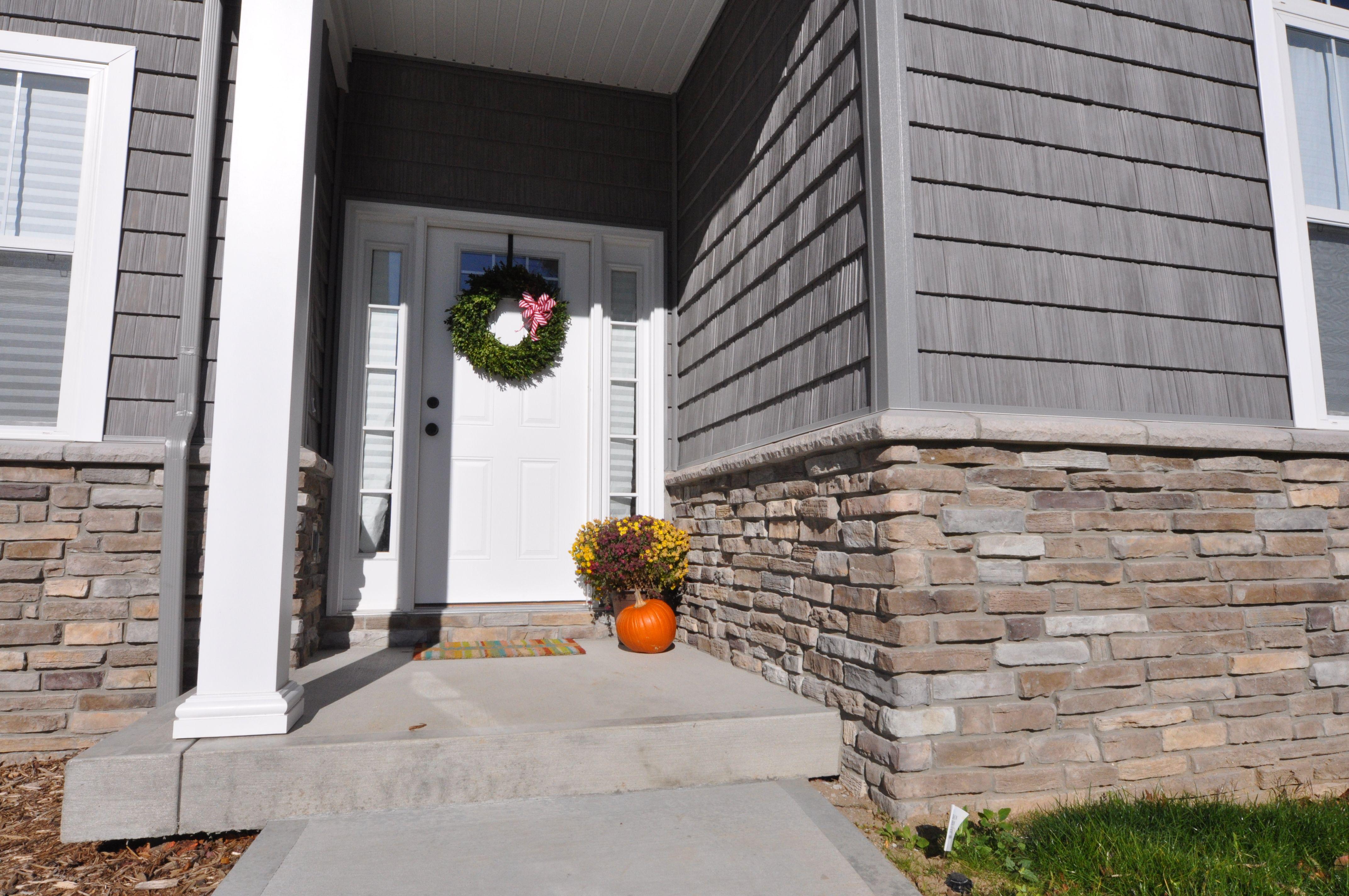 Stoned Wainscot Bucks Creek Laytite J N Stone House Exterior Stone Veneer Architecture Design