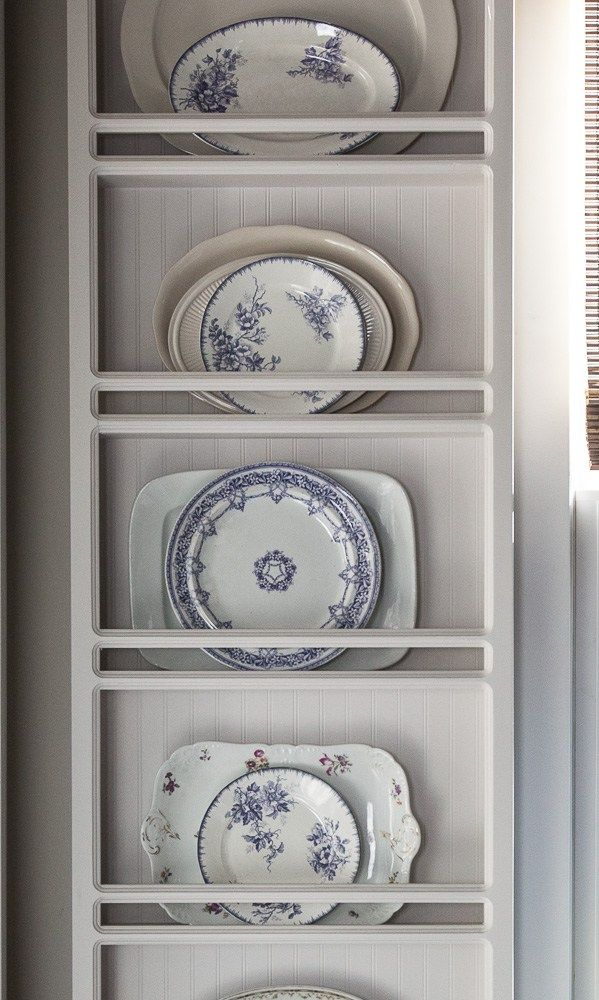Classic English Country Christmas Style in a 17th-Century Manor Home #plateracks