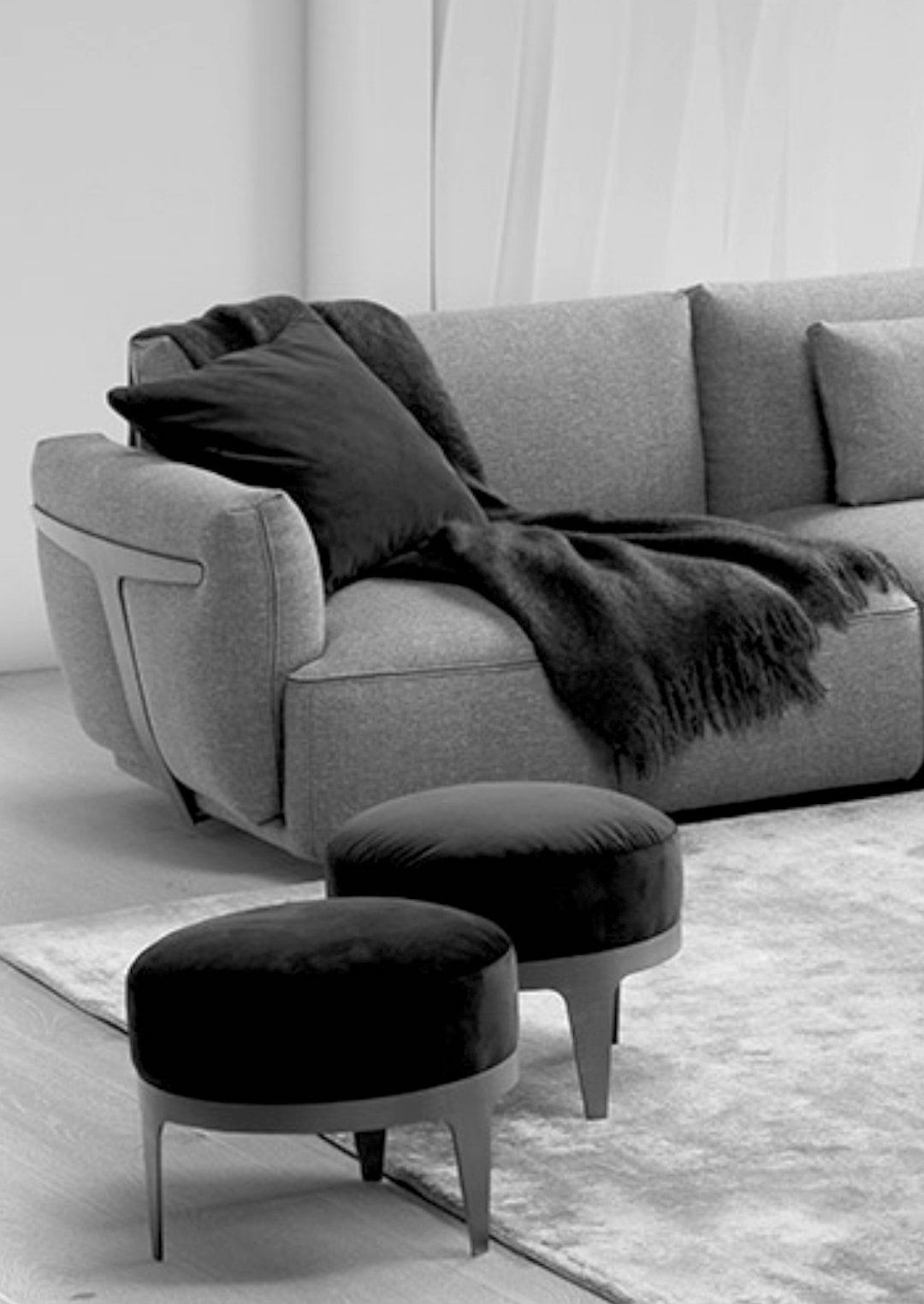 Globally Renowned Luxury Furniture Brands From The World Over Italian Sofa Designs Sofa Design Luxury Furniture Stores